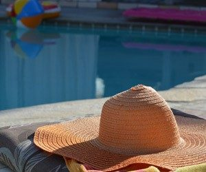 how much does it cost to install a pool liner how long will pool liner last